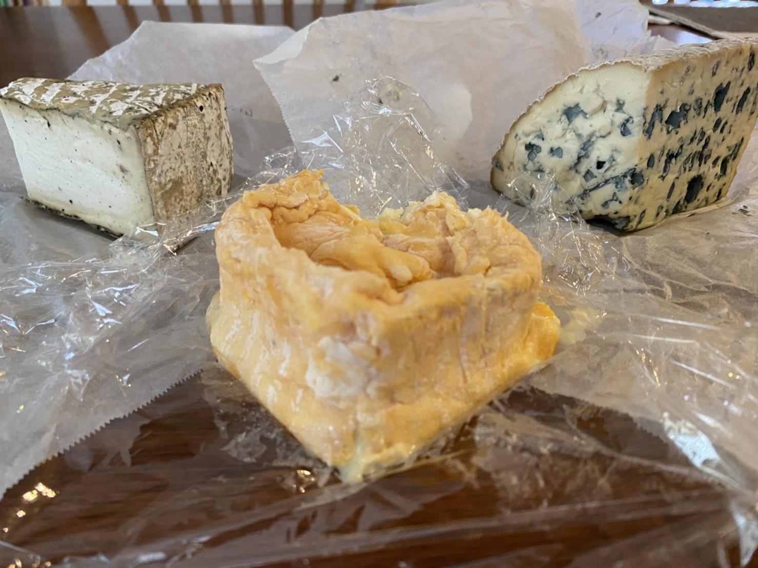 購入したチーズたち
